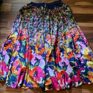 Cupio a line pleated floral maxi skirt